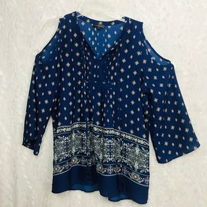The Limited blue cold shoulder 3/4 sleeve boho top